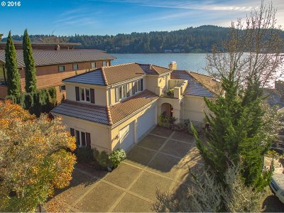 Lake Oswego Single Family Home For Sale: 3458 Lakeview Blvd