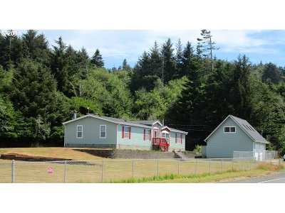 Gold Beach Single Family Home For Sale: 34944 Ophir Rd