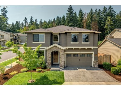 Beaverton Single Family Home For Sale: 9475 SW Moonstone Ter