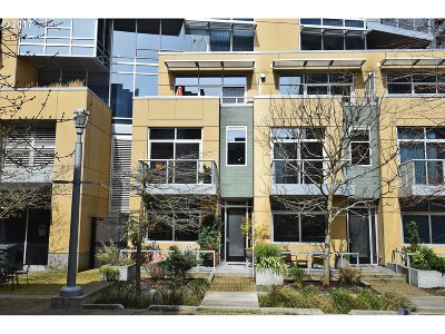 Portland Condo/Townhouse For Sale: 815 SW Pennoyer St