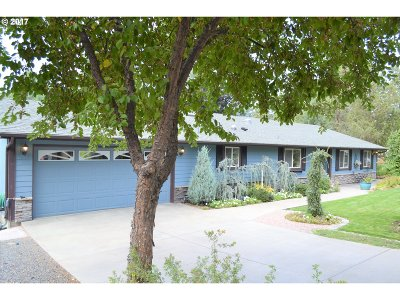Bend Single Family Home For Sale: 20570 Whitehaven Ln