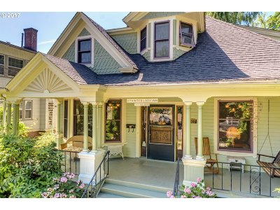 Multnomah County Single Family Home For Sale: 1927 NE 16th Ave