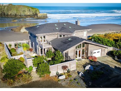Bandon Single Family Home For Sale: 54196 Gould Rd