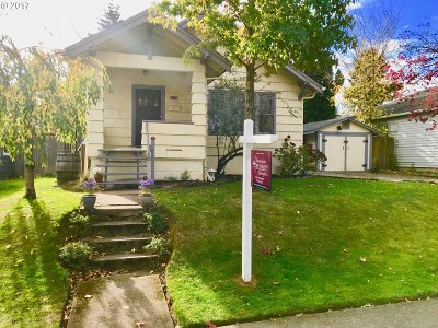 Single Family Home Sold: 4712 SE Holgate Blvd