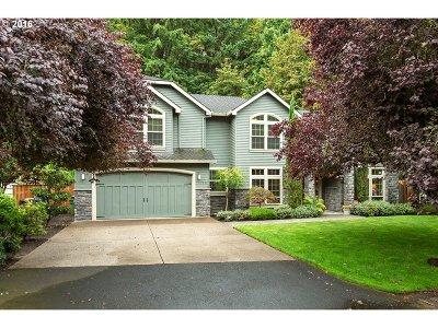 Lake Oswego Single Family Home For Sale: 1130 Oak Ter