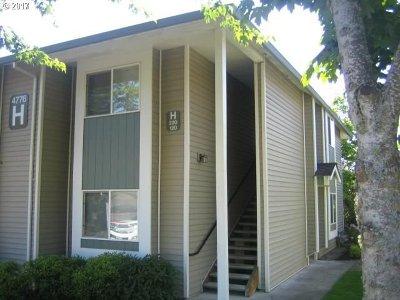 Gresham Condo/Townhouse For Sale: 4776 W Powell Blvd