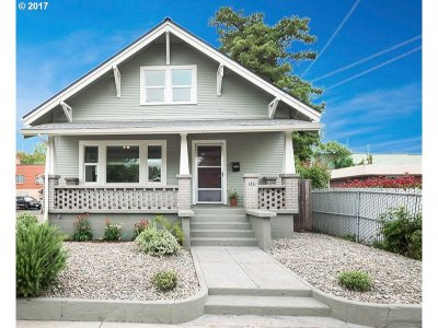 Hillsboro, Cornelius, Forest Grove Single Family Home For Sale: 247 SE Baseline St