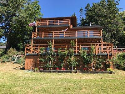 Gold Beach Single Family Home For Sale: 94334 Gauntlett St