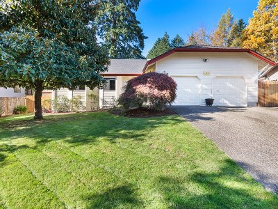Tigard Single Family Home For Sale: 11485 SW Sonne Pl