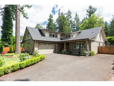 Lake Oswego Single Family Home For Sale: 15956 Parker Rd