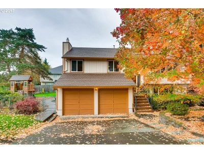 Tualatin Single Family Home For Sale: 8533 SW Santiam Dr