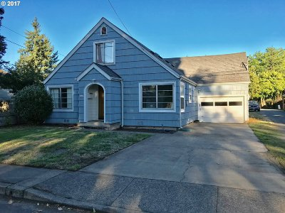 Springfield Single Family Home For Sale: 357 16th St