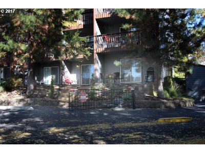 Bend Condo/Townhouse For Sale: 1565 NW Wall #1100