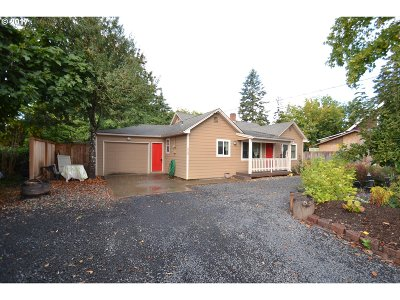 Hillsboro, Cornelius, Forest Grove Single Family Home For Sale: 529 SE 3rd Ave