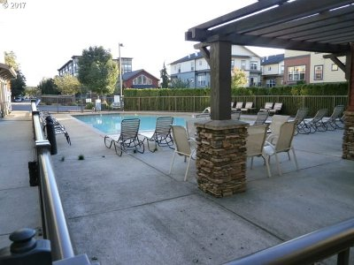 Happy Valley OR Condo/Townhouse For Sale: $249,900