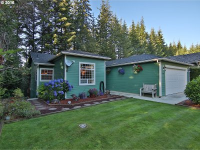 Coos Bay Single Family Home For Sale: 1950 Timberline Dr