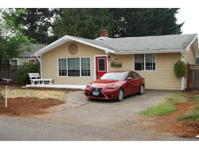 Single Family Home For Sale: 2243 SE 105th Ave