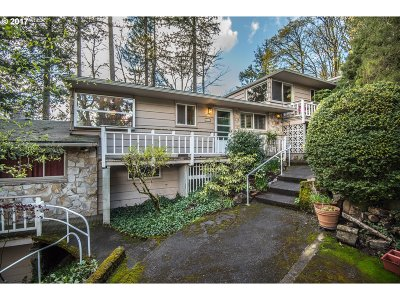 Portland Condo/Townhouse For Sale: 8265 SW Canyon Ln #7