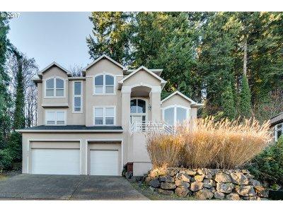 West Linn Single Family Home For Sale: 2636 Pimlico Dr