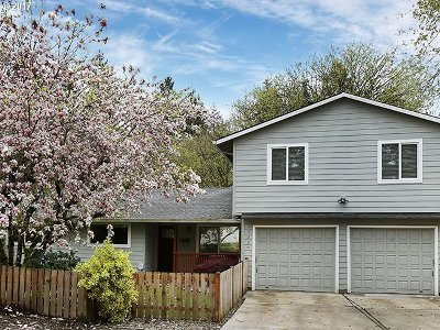 West Linn Single Family Home For Sale: 1350 Heater Ct