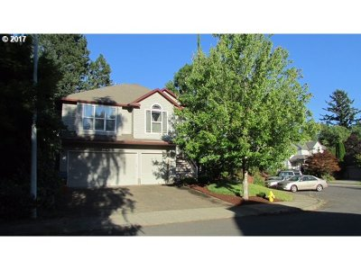 Clackamas Single Family Home For Sale: 13976 SE 141st Ave