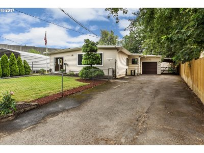 Single Family Home For Sale: 50 SW 131st Ave