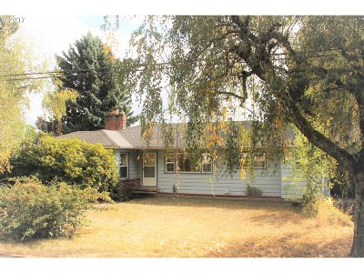 Single Family Home For Sale: 9130 SW Meadow Ln