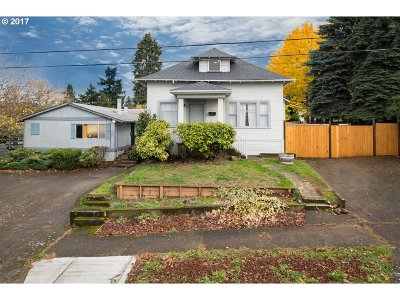 Portland OR Multi Family Home For Sale: $725,000