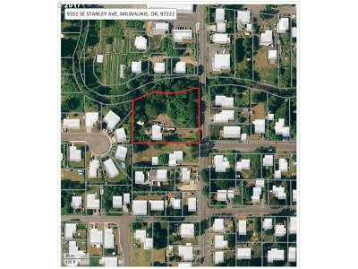 Milwaukie Residential Lots & Land For Sale: 9351 SE Stanley Ave