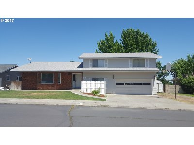Hermiston Single Family Home For Sale: 590 W Division Ave
