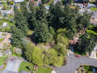 Milwaukie Residential Lots & Land For Sale: 15785 SE Kaslin Way