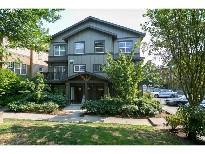 Beaverton Condo/Townhouse For Sale: 1180 SW 170th Ave #200