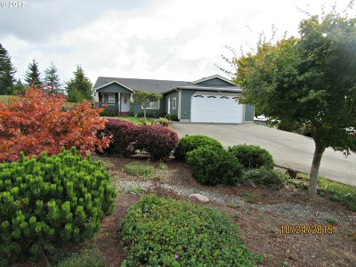 Coquille Single Family Home For Sale: 1388 N Nutmeg St