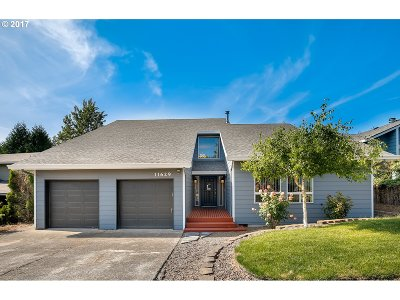 Single Family Home For Sale: 11629 SE Flavel St