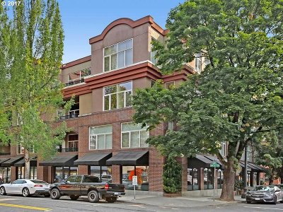 Portland Condo/Townhouse For Sale: 618 NW 12th Ave #302