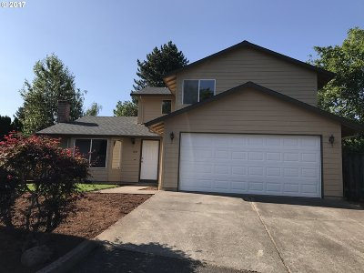 Portland Single Family Home For Sale: 1003 SE 146th Ave