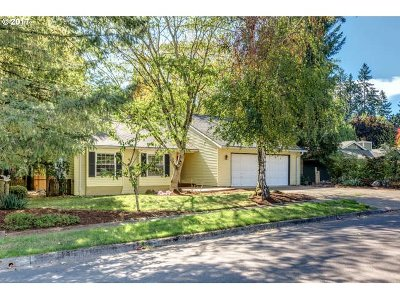 Beaverton Single Family Home For Sale: 12900 SW Hackamore Ct