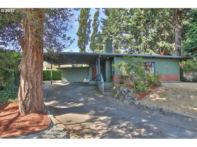 North Bend Single Family Home For Sale: 1249 Buckingham