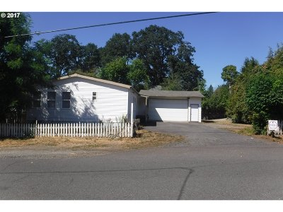 Oregon City Single Family Home For Sale: 13865 Melinda St