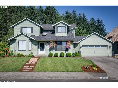 Clackamas Single Family Home For Sale: 14743 SE 130th Dr