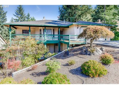Beaverton Single Family Home For Sale: 7588 SW Bayberry Dr