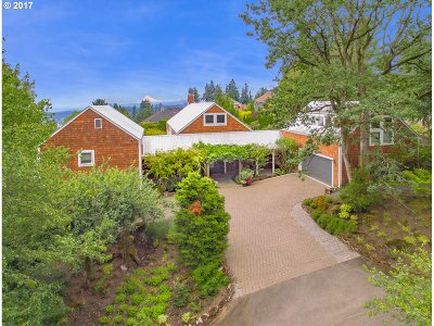 West Linn Single Family Home For Sale: 21504 Shannon Ln