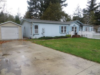Bandon Single Family Home For Sale: 585 North Ave
