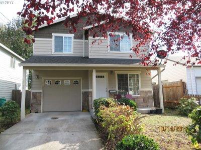 Portland Single Family Home For Sale: 8528 N Buchanan Ave