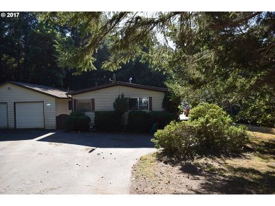 Gold Beach Single Family Home For Sale: 32840 Quailhaven Rd