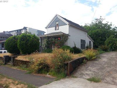 Portland Single Family Home For Sale: 4307 NE Grand Ave