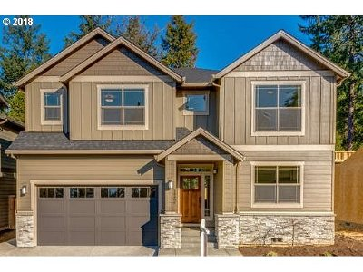 Happy Valley, Clackamas Single Family Home For Sale: 14497 SE Lynda May Dr