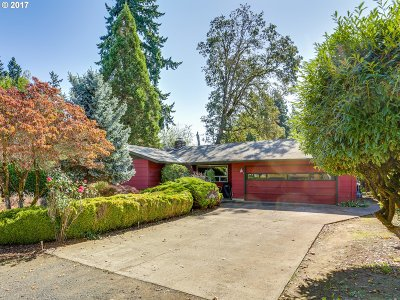 Wilsonville, Canby, Aurora Single Family Home For Sale: 935 NE 10th Ave