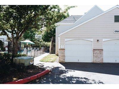 Portland Condo/Townhouse For Sale: 17618 NW Springville Rd #A1