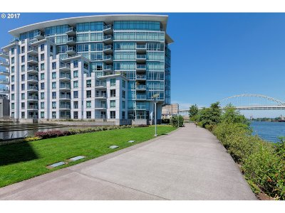Condo/Townhouse For Sale: 1310 NW Naito Pkwy #102A